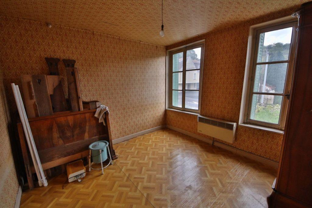 Maison à vendre 5 155m2 à Courtemont-Varennes vignette-5