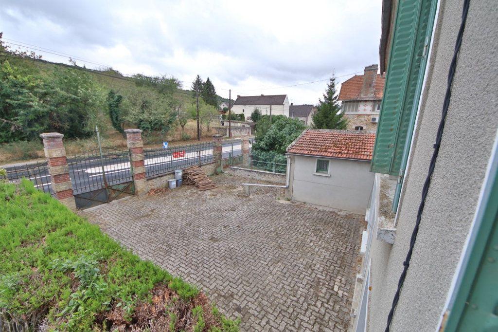 Maison à vendre 5 155m2 à Courtemont-Varennes vignette-6