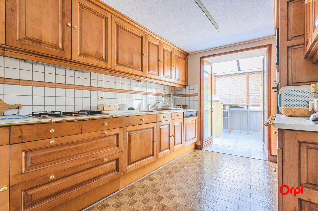 Maison à vendre 8 170m2 à Courboin vignette-3