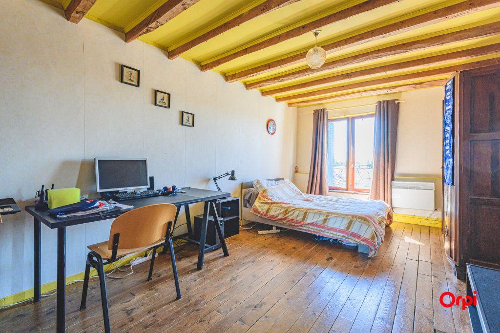 Maison à vendre 8 170m2 à Courboin vignette-6