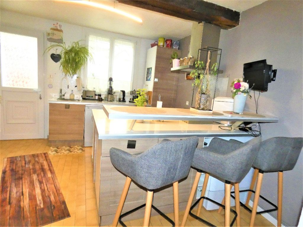 Maison à vendre 4 90m2 à Saâcy-sur-Marne vignette-4