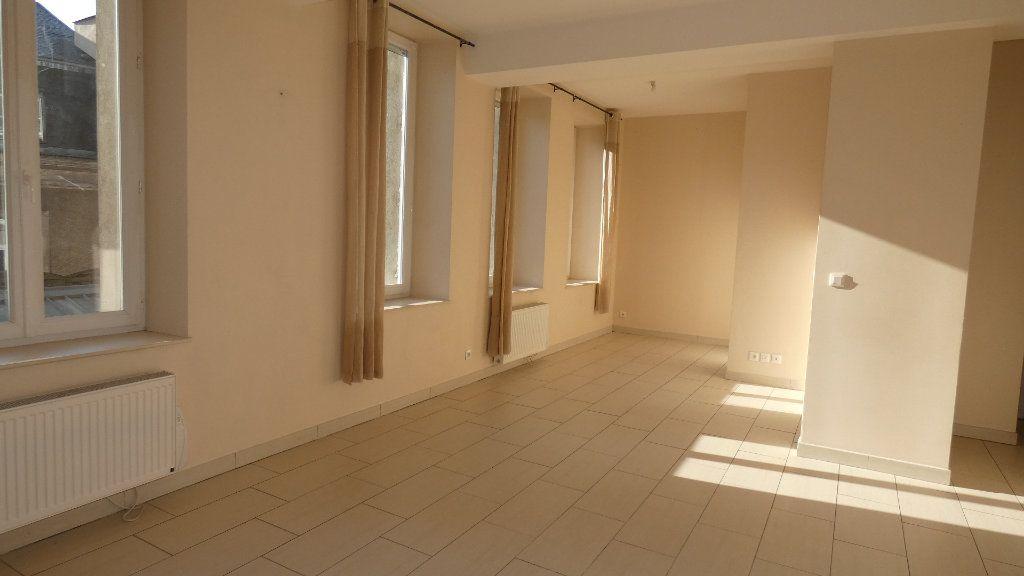 Appartement à louer 2 57.62m2 à Château-Thierry vignette-9