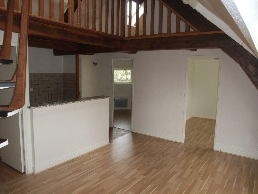 Appartement à louer 4 72.3m2 à Château-Thierry vignette-7