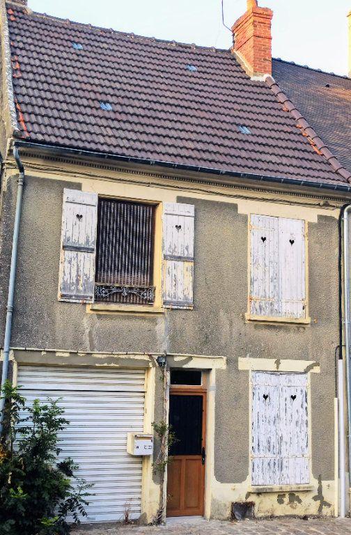 Maison à vendre 3 80m2 à La Ferté-sous-Jouarre vignette-1