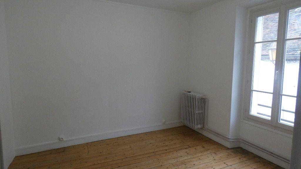 Appartement à louer 2 36.25m2 à Château-Thierry vignette-2