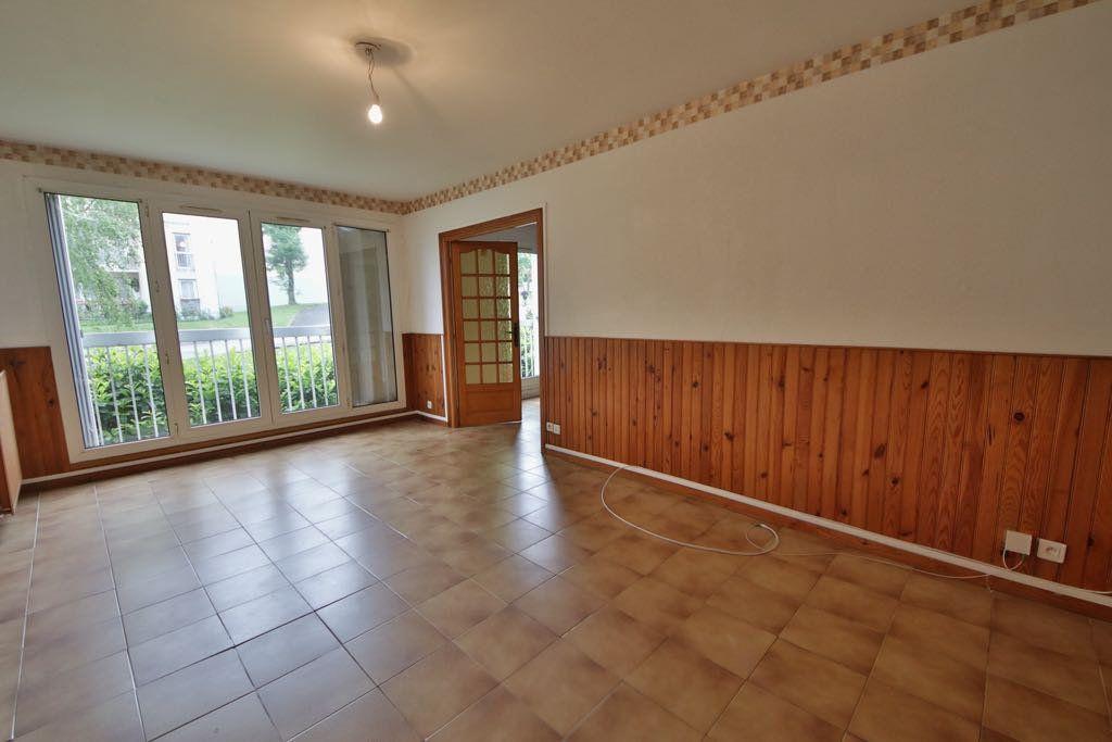 Appartement à vendre 4 76.85m2 à Château-Thierry vignette-1