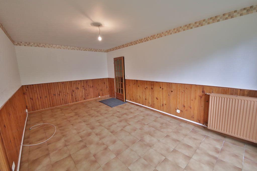 Appartement à vendre 4 76.85m2 à Château-Thierry vignette-4