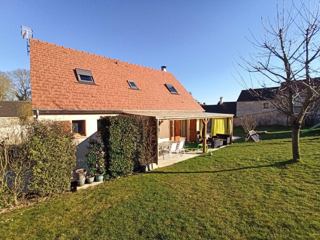 Maison à vendre 6 180m2 à La Ferté-sous-Jouarre vignette-1