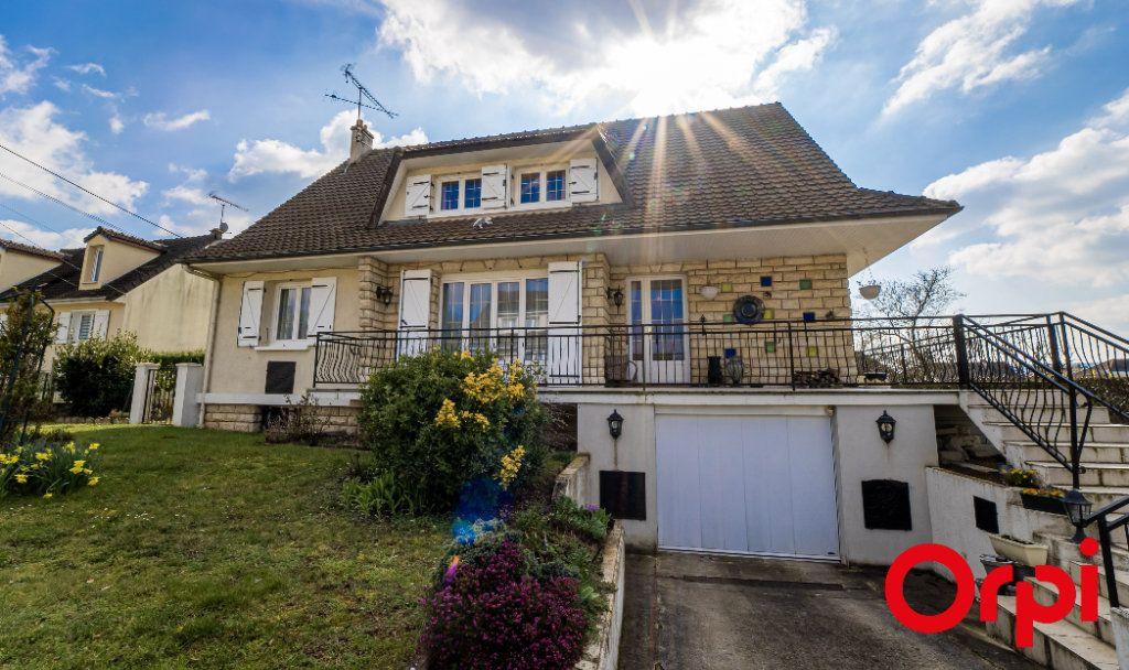 Maison à vendre 7 177m2 à Nogentel vignette-1