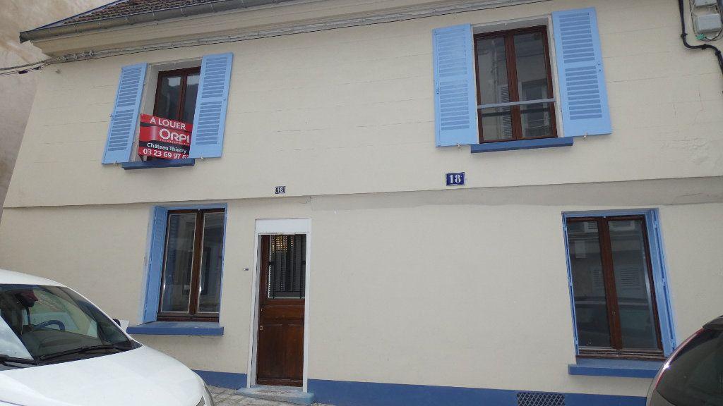 Appartement à louer 2 64.55m2 à Château-Thierry vignette-7
