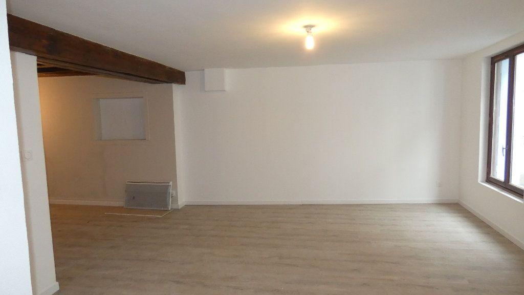 Appartement à louer 2 64.55m2 à Château-Thierry vignette-8