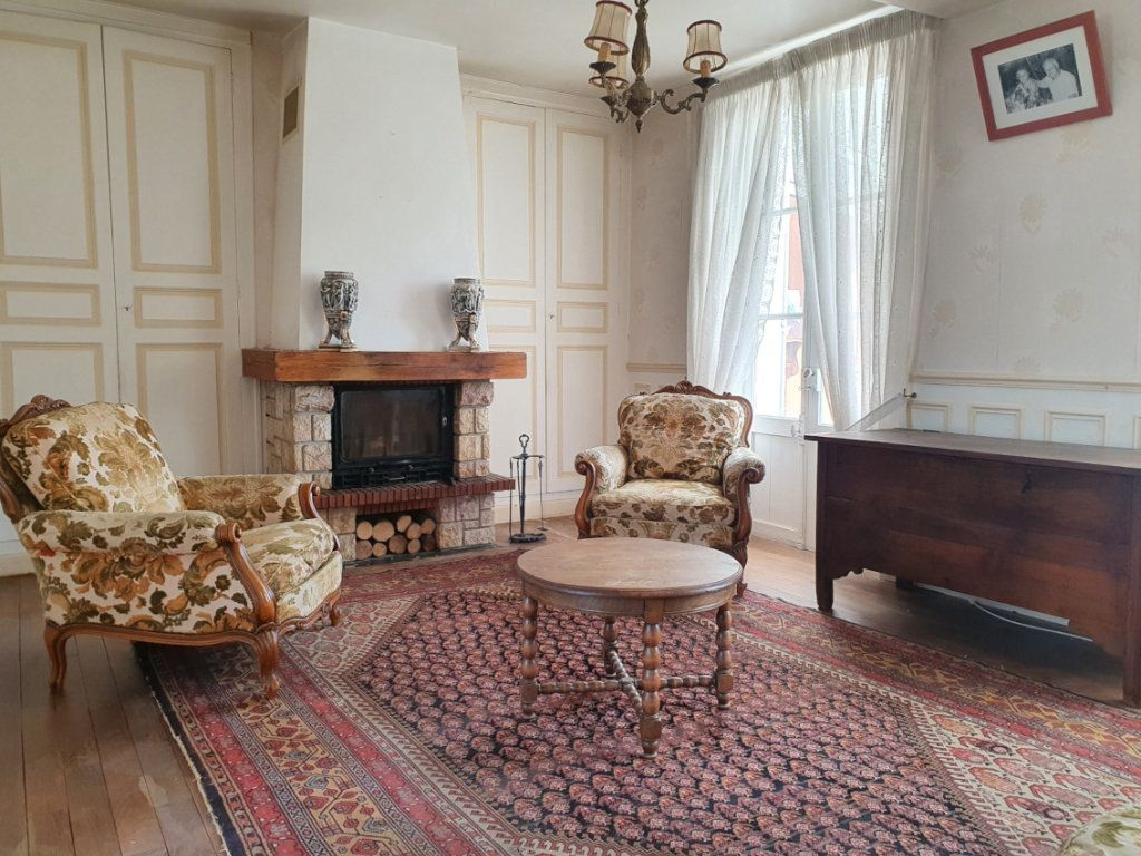 Maison à vendre 6 129m2 à Essômes-sur-Marne vignette-4