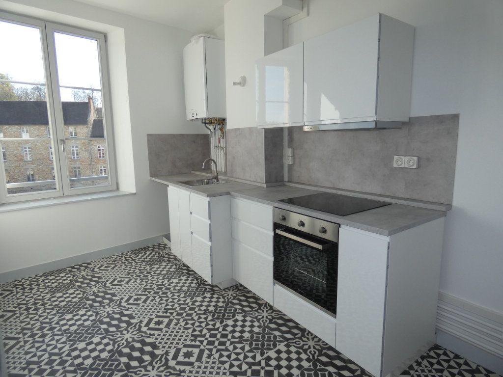 Appartement à louer 3 77.2m2 à Château-Thierry vignette-8