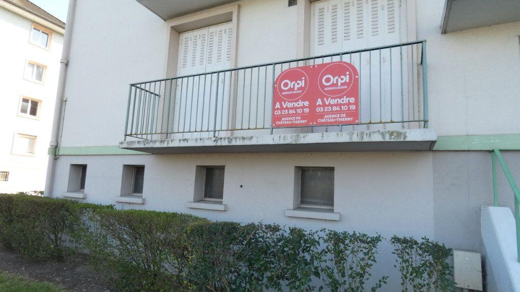 Appartement à vendre 4 72.64m2 à Château-Thierry vignette-11