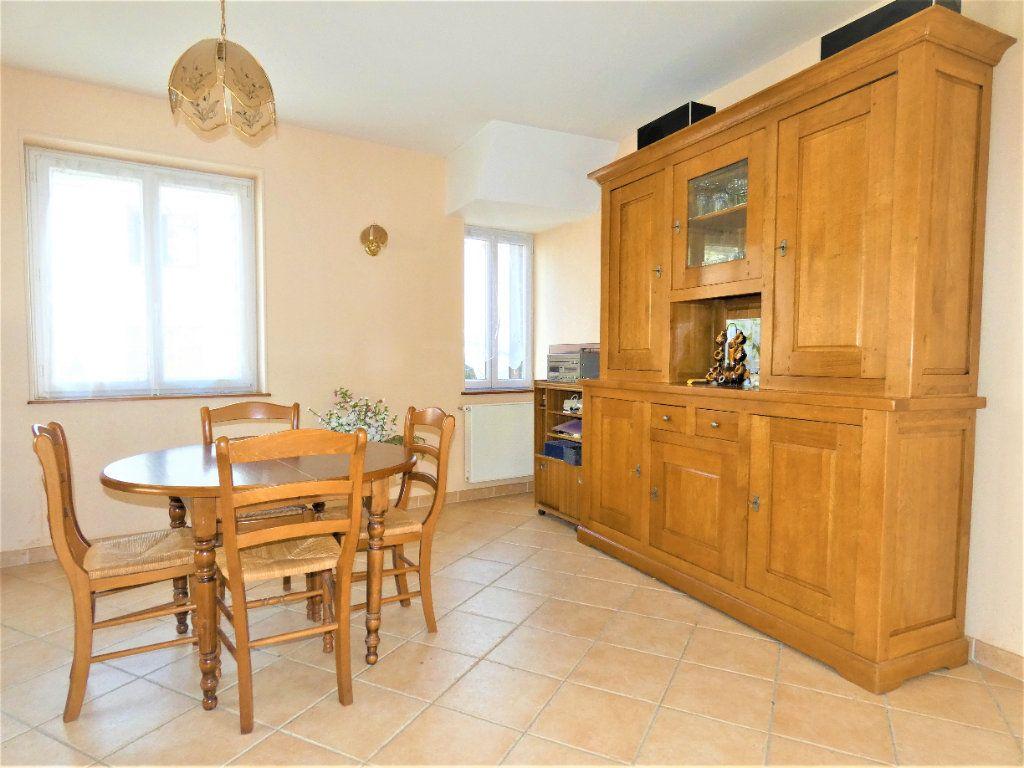 Maison à vendre 6 161m2 à Chézy-sur-Marne vignette-4