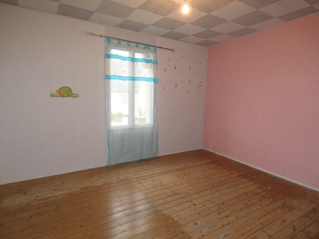 Maison à vendre 4 115m2 à Bonnesvalyn vignette-9