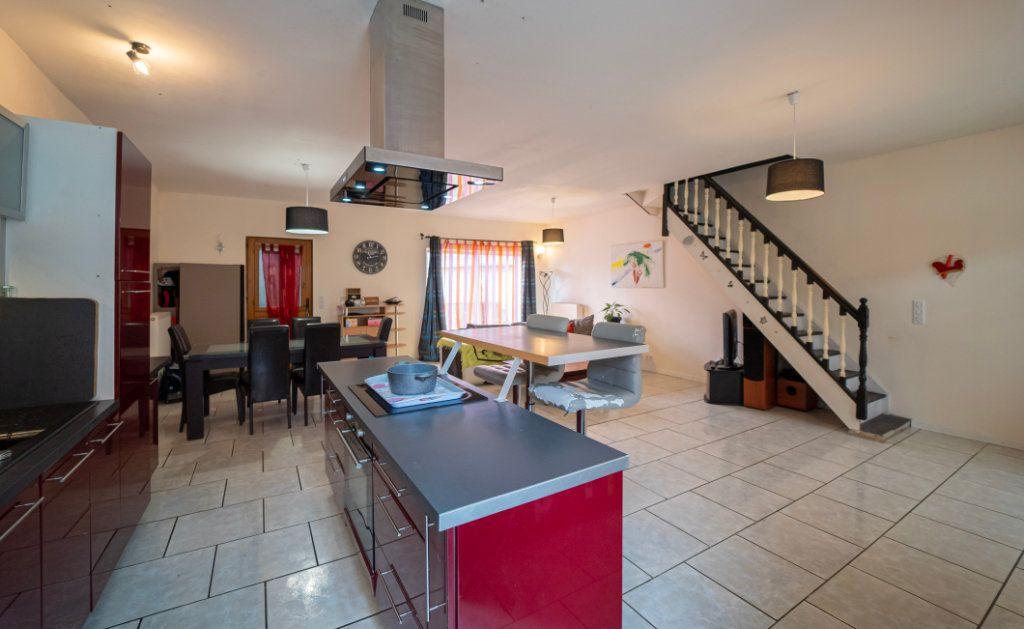Maison à vendre 5 161m2 à Chézy-sur-Marne vignette-1