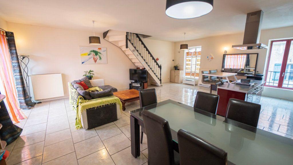 Maison à vendre 5 161m2 à Chézy-sur-Marne vignette-4