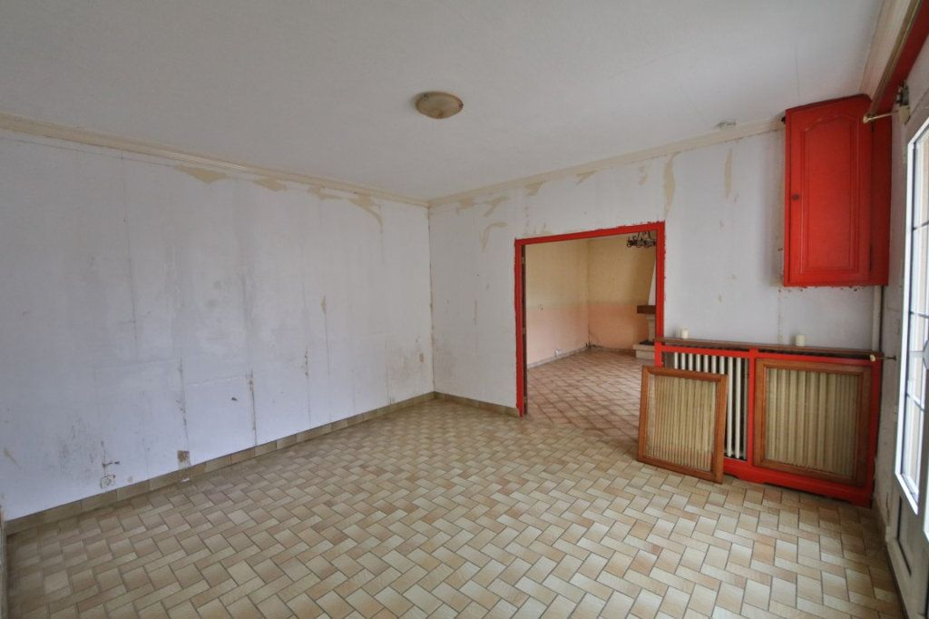 Maison à vendre 5 317m2 à Saulchery vignette-2