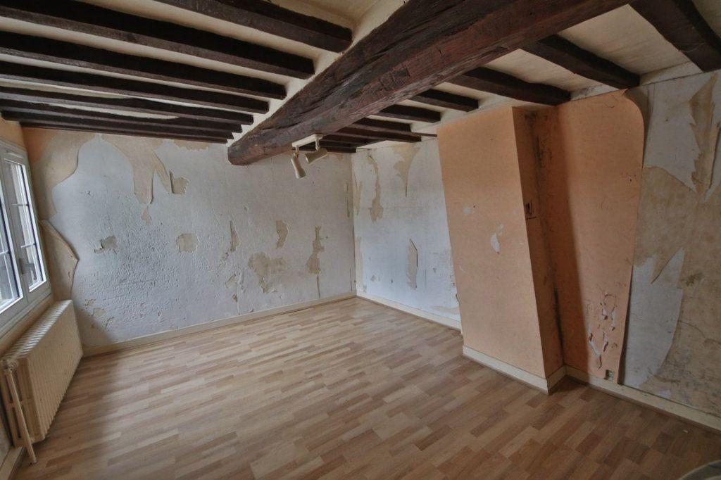 Maison à vendre 5 317m2 à Saulchery vignette-5