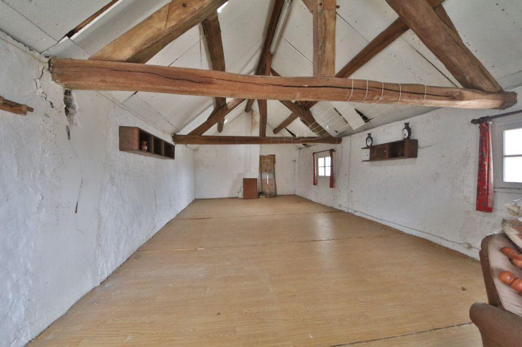 Maison à vendre 5 317m2 à Saulchery vignette-9