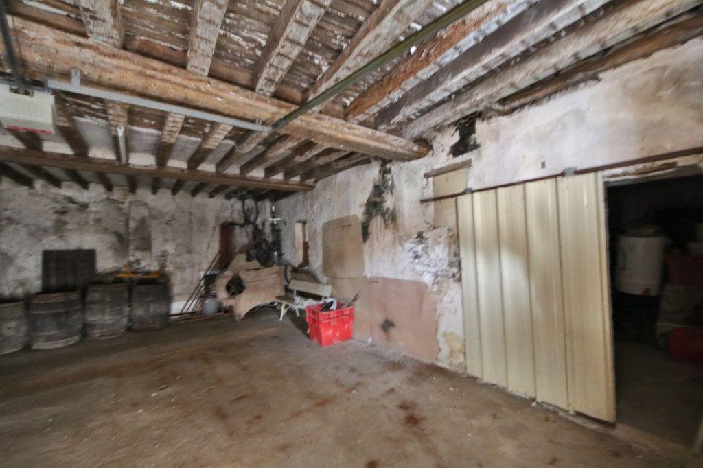 Maison à vendre 5 317m2 à Saulchery vignette-12
