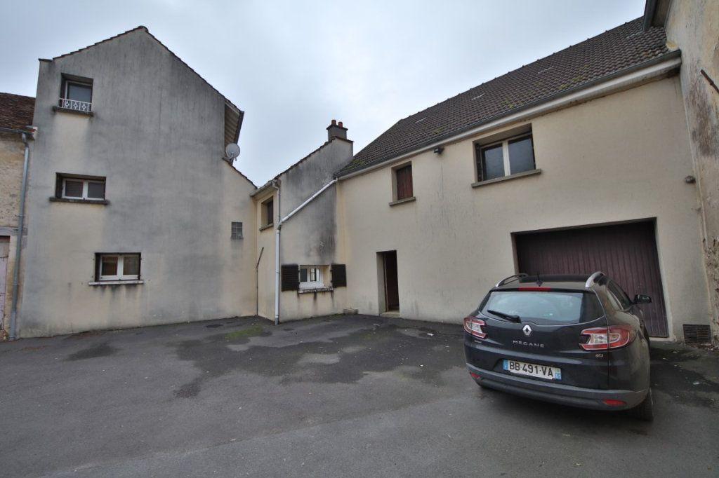 Maison à vendre 5 317m2 à Saulchery vignette-16