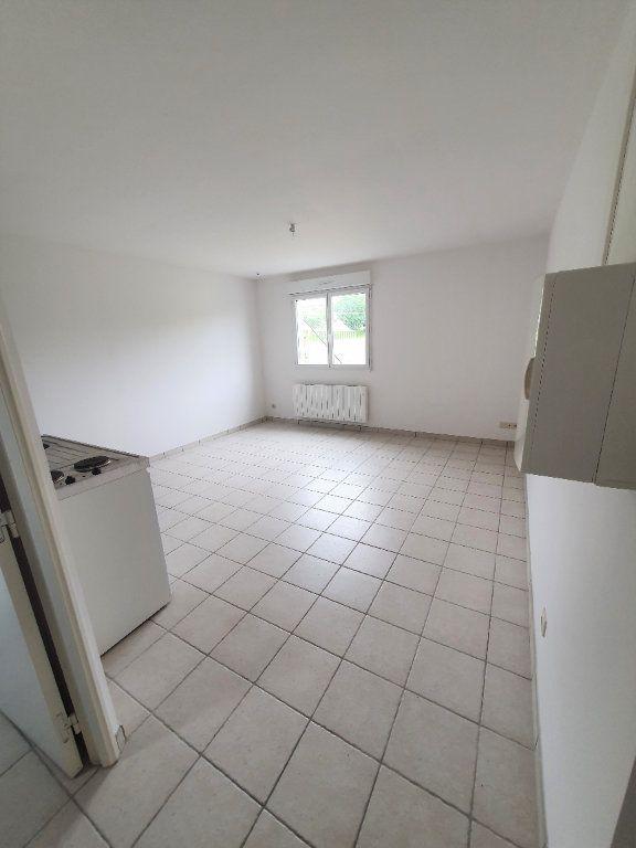 Appartement à louer 1 26.03m2 à Chierry vignette-1