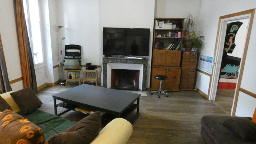 Maison à vendre 7 150m2 à Château-Thierry vignette-3