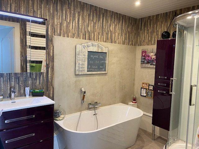 Appartement à vendre 3 109m2 à La Rochelle vignette-10