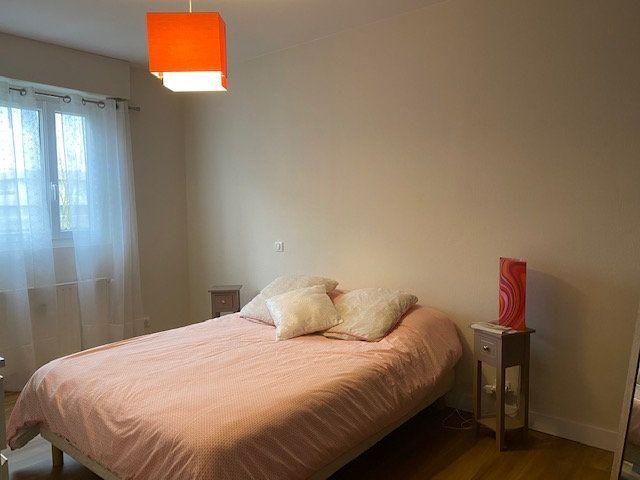 Appartement à vendre 4 78.6m2 à La Rochelle vignette-6