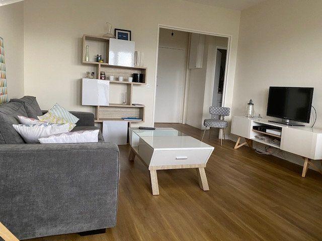 Appartement à vendre 4 78.6m2 à La Rochelle vignette-11