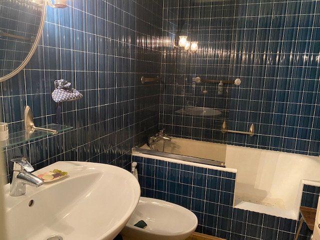 Appartement à vendre 4 94m2 à La Rochelle vignette-7