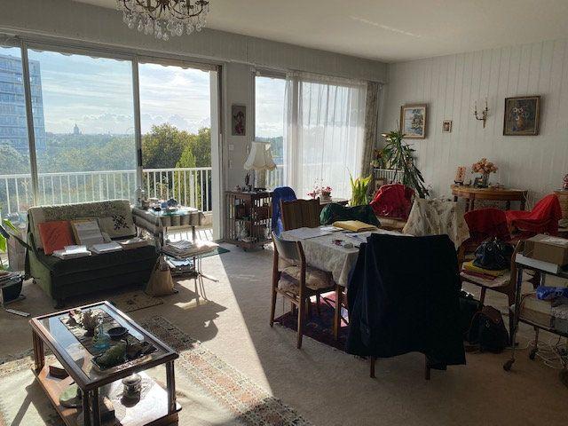 Appartement à vendre 3 109m2 à La Rochelle vignette-1