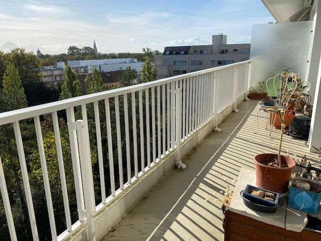 Appartement à vendre 3 109m2 à La Rochelle vignette-2