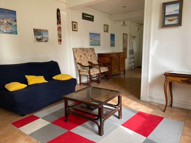 Appartement à vendre 2 45.89m2 à La Rochelle vignette-1