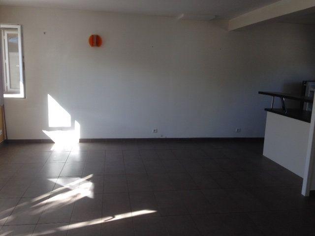 Maison à vendre 4 70.16m2 à La Rochelle vignette-5