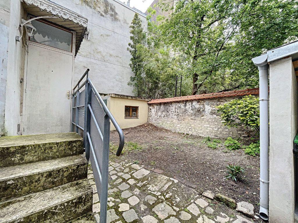 Appartement à vendre 2 28.15m2 à Paris 14 vignette-2