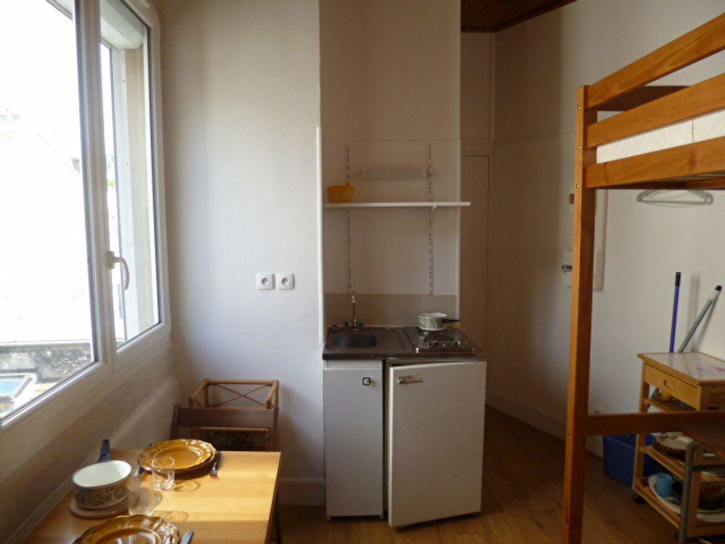 Appartement à louer 1 11m2 à Paris 14 vignette-4
