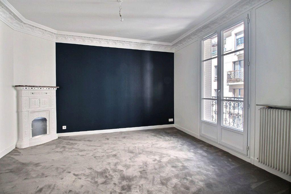 Appartement à louer 3 66m2 à Paris 14 vignette-2