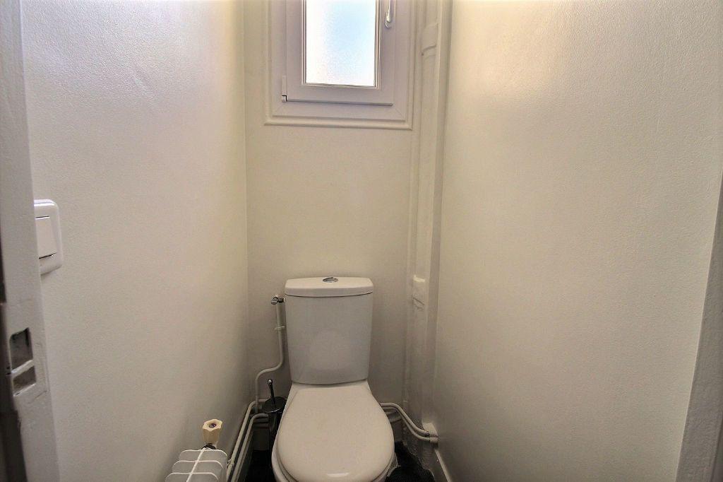 Appartement à louer 3 66m2 à Paris 14 vignette-7