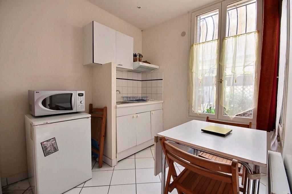 Appartement à louer 1 18m2 à Paris 14 vignette-3