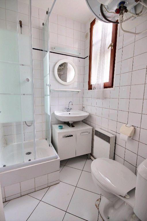 Appartement à louer 1 18m2 à Paris 14 vignette-4