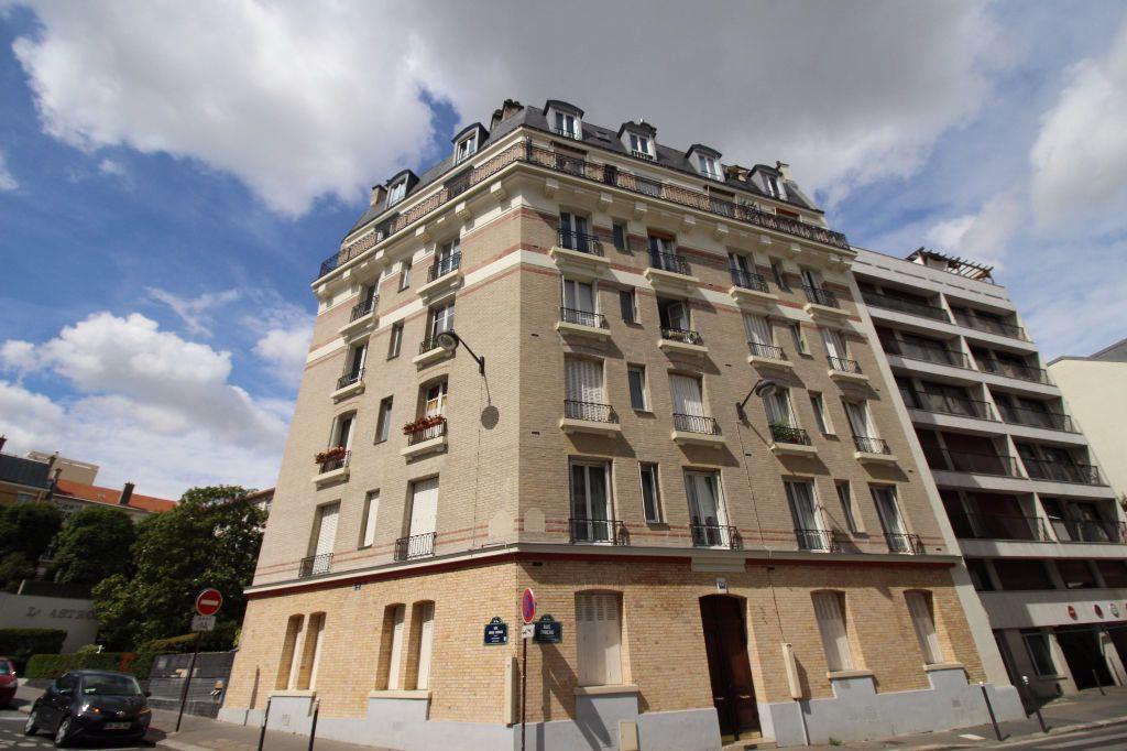 Appartement à louer 2 39.04m2 à Paris 14 vignette-6