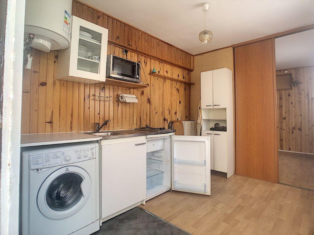 Appartement à louer 1 16m2 à Malakoff vignette-2