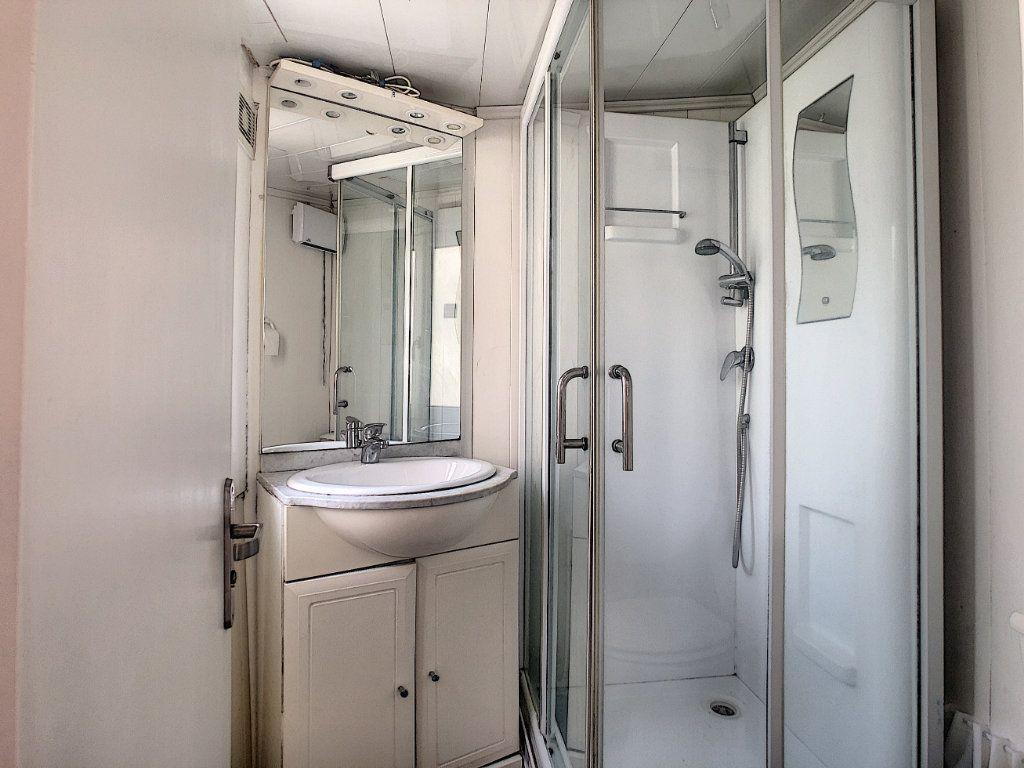 Appartement à louer 1 16m2 à Malakoff vignette-4