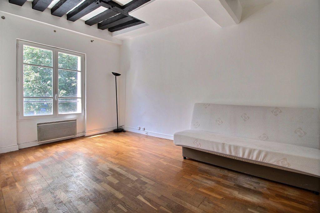 Appartement à louer 1 22m2 à Paris 3 vignette-1