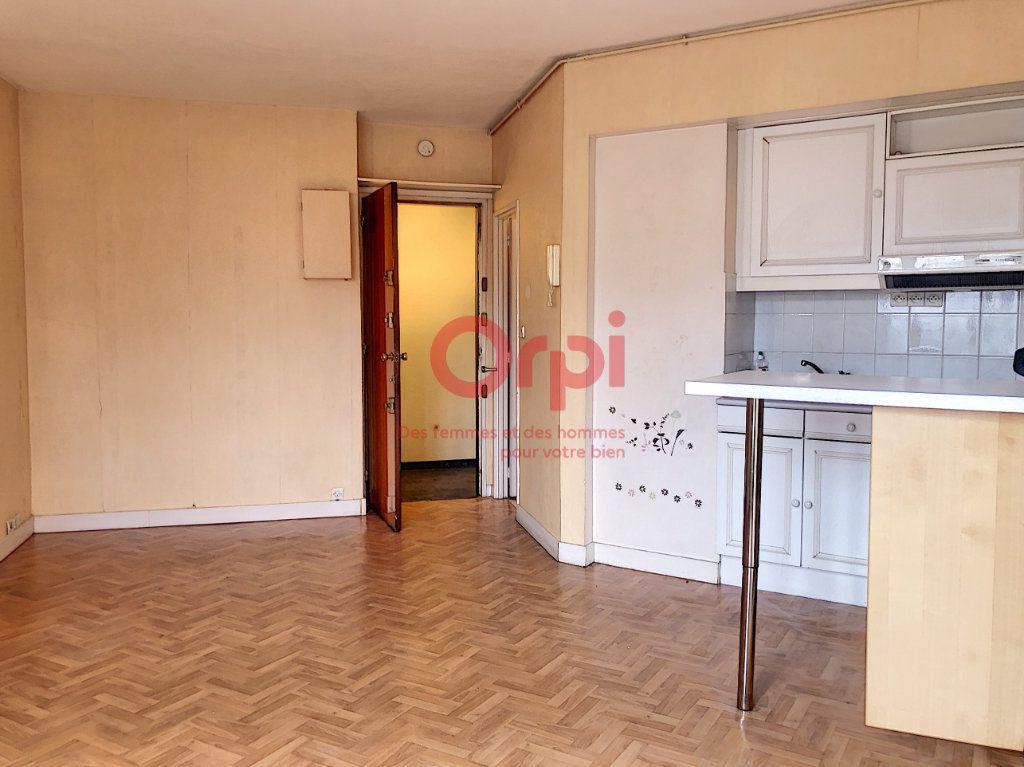 Appartement à louer 1 21.83m2 à Vanves vignette-2