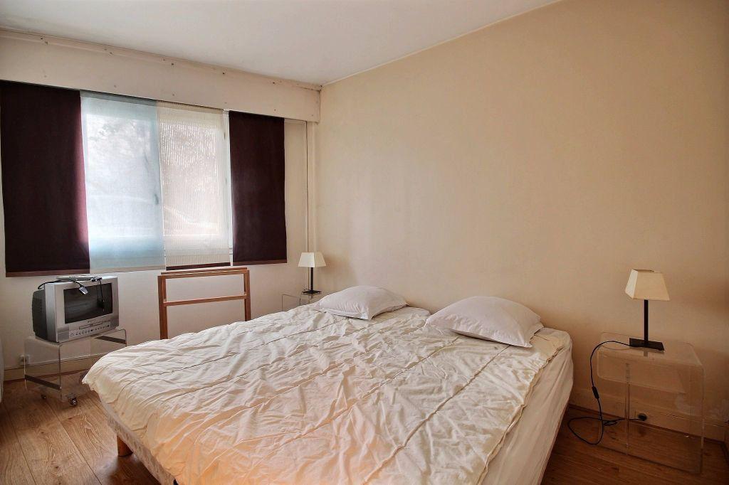 Appartement à louer 2 46.79m2 à Paris 14 vignette-2