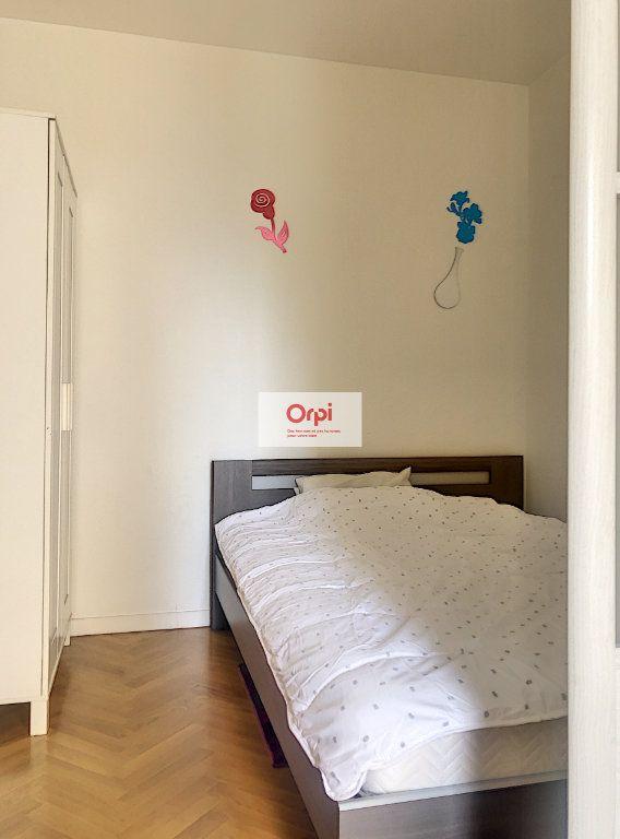 Appartement à louer 2 29.07m2 à Paris 15 vignette-6